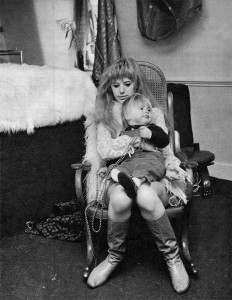 Marianne with her son Nicholas in the bedroom, 1967